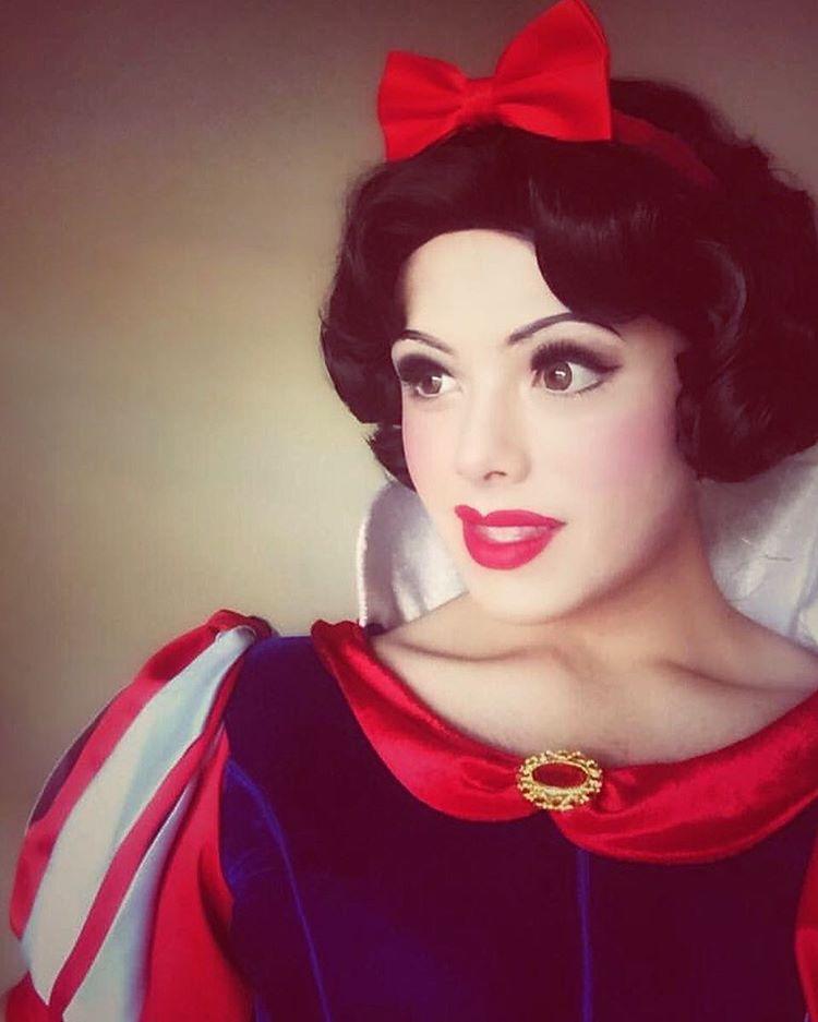 Cosplay-da-Branca-de-Neve-Princesa-Disney