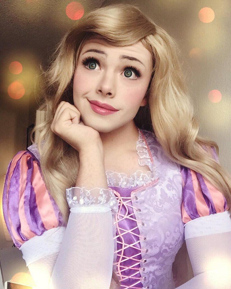 Cosplay-da-Rapunzel-Princesa-Disney-01-800x999